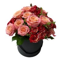 AMORE COLLECTION: Luxury  Fresh Pink Roses with chocolate dipped Marshmallow