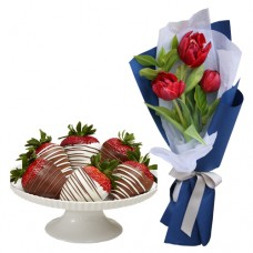 Mon Amour: Red Tulips mini bouquet with mini Chocolate dipped Strawberries