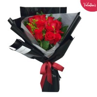 VALENTINE'S COLLECTION: 10 Red Rose bouquet in a Black stylish wrapping