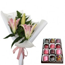Pink Lily mini Bouquet with Choco Marshmallow