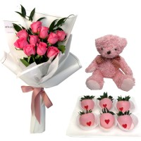 SYMPHONY COLLECTION: Pink Roses Bouquet with chocolate and mini Pink Teddy