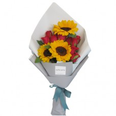 SYMPHONY COLLECTION: Mix Red Roses and Sunflower Bouquet