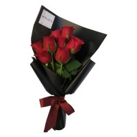 SYMPHONY COLLECTION: Red Roses in black wrapping