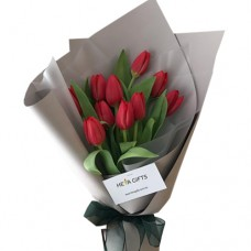VALENTINO COLLECTION: Luxury  Fresh  Red Tulip bouquet - stunning