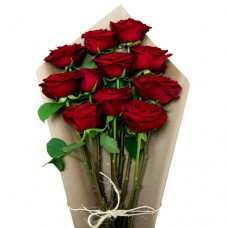 DA VINCI: RED ROSES BOUQUET IN CRAFT PAPER
