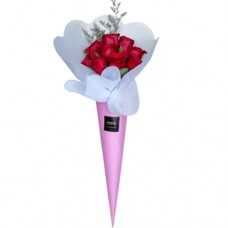 LOVE COLLECTION: Red Roses Conus Bouquet