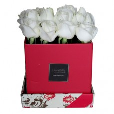 JUST FOR YOU: FRESH ROSES IN A ELEGANT RED BOX