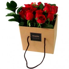 Just For You : Fresh Roses in a Stylish Box